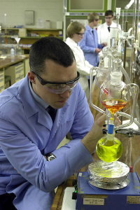 512px-Chemistry_Lab