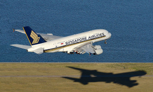 Singapore_Airlines_Airbus_A380_at_Sydney_Airport_room_added